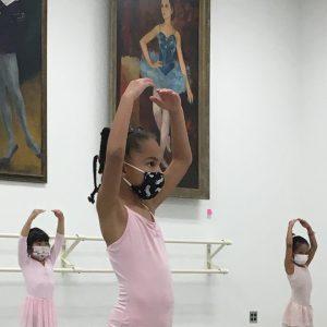 three girls ballet